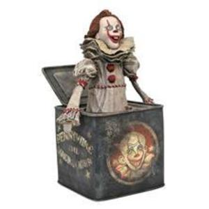 Diamond Select Toys Dc Gallery: It - Chapter 2 Pennywise In A Box Pvc Statue (Aug192719) imagine