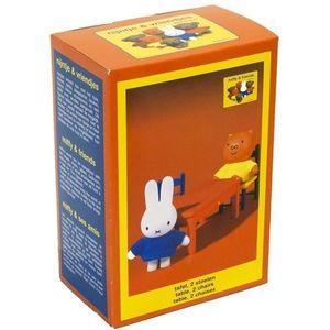 Set accesorii din plastic Miffy & Friends 3 piese (masuta si doua scaune) imagine